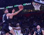 Evrokup ponovo u Areni: Parni valjak počeo traljavo, u finišu poražen Tofaš 93:80