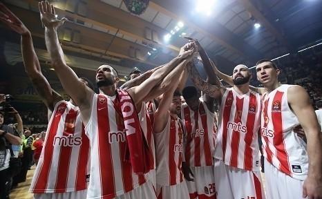 Zvezda stotkom pobedila Armani