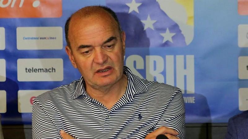 Duško Vujošević se odrekao novca dok je bolovanju